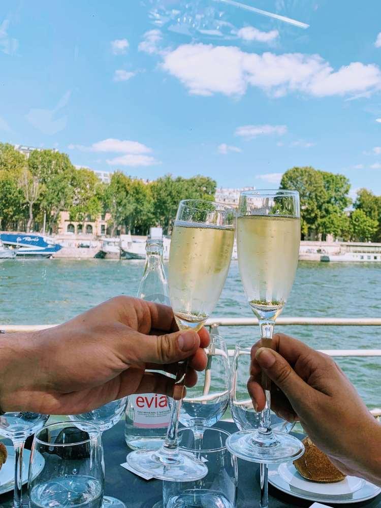 Bateaux Parisiens Seine River Cruise Champagne