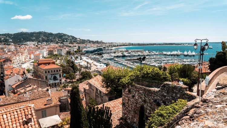 Best Cannes Travel Hashtags for Instagram