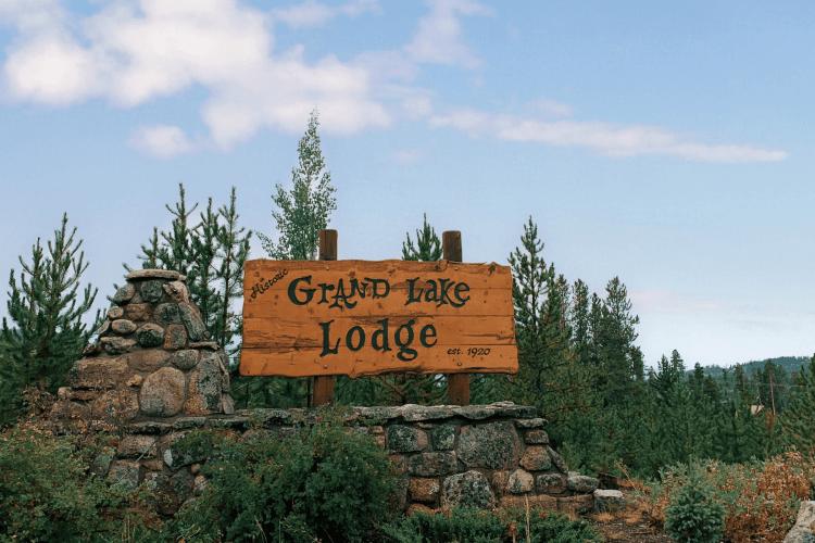 Grand Lake Lodge Entrance Sign