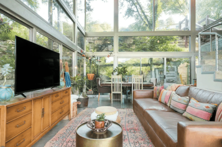 All Glass House Austin Airbnb