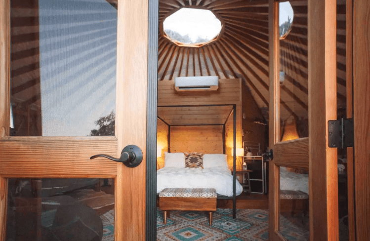 Luxury Glamping Yurt near San antonio
