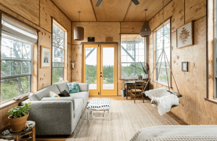 Cabin Rental​s in Texas - off the grid