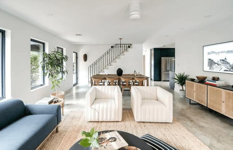 Fredericksburg Airbnb Rental - Njem Haus