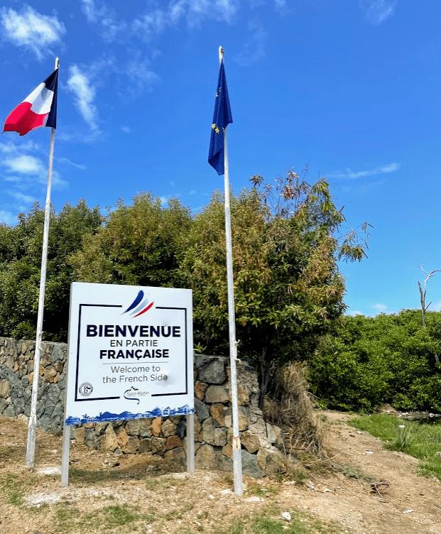 French Border crossing in St. Maarten