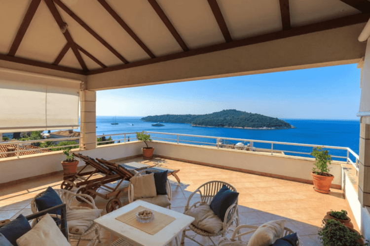 Dubrovnik Airbnb with ocean view