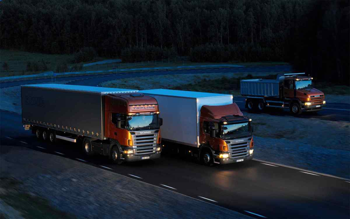 Three-orange-Scania-trucks.jpg?fit=1200%2C750&ssl=1