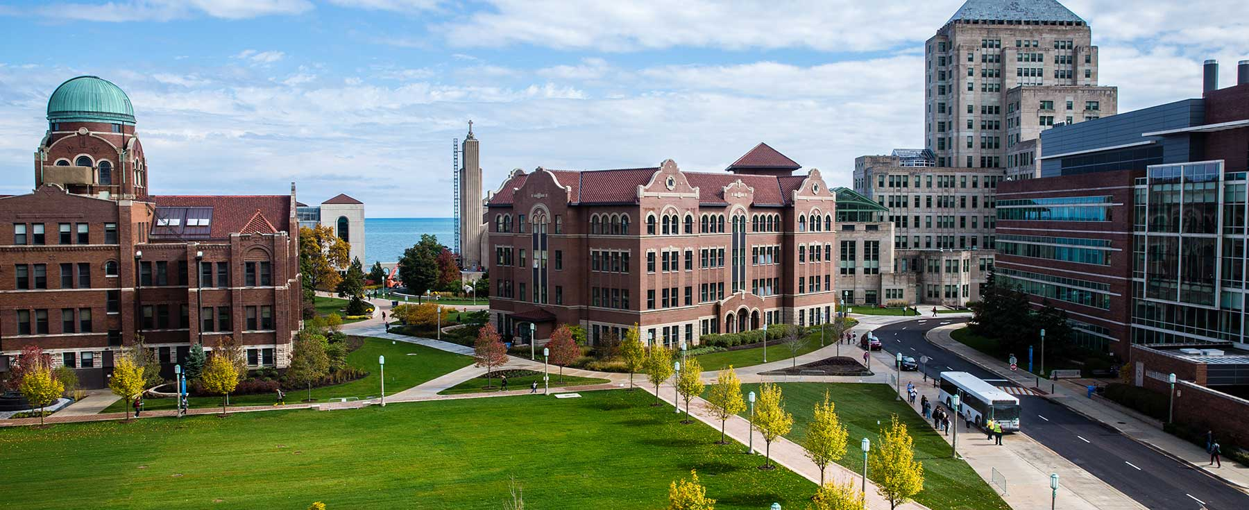 Best And Worst Things About Your First Week At Loyola