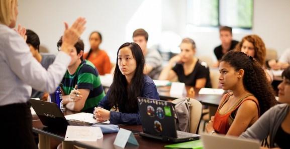 6362573238058559201057431994_burke-classroom