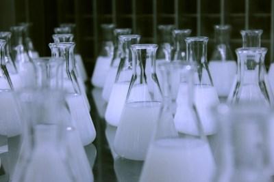 Study alongside the greatest minds in Chemistry