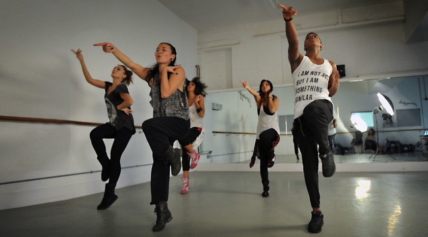 Students in a modern dance class session