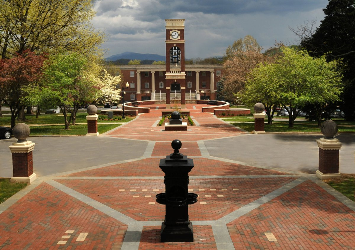 Jobs for College Students at East Tennessee State University