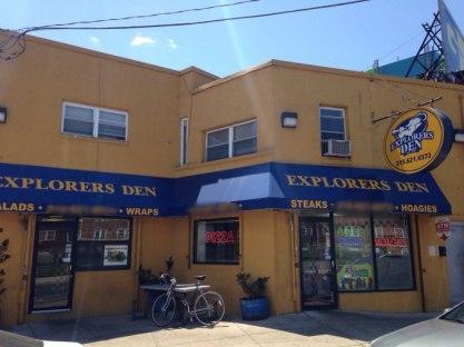 The pictures of Explorer's Den restaurant