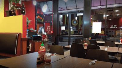photo inside the Lue Thai Cafe