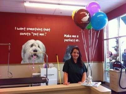 A pet store retail sales associate