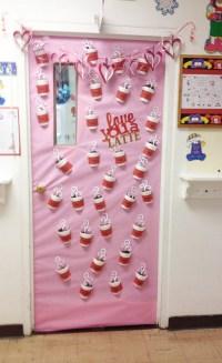 27 Creative Classroom Door Decorations for Valentine's Day