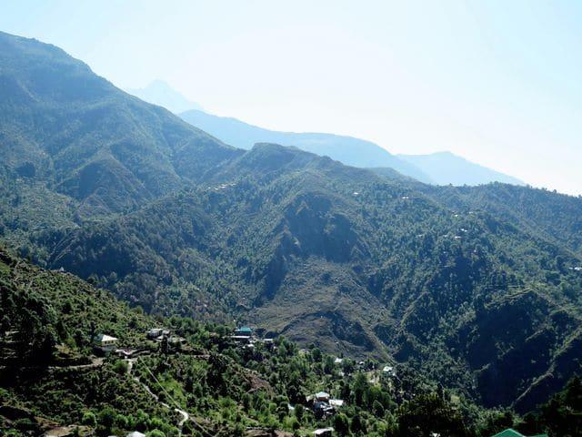 La vallée de Kangra dans l'Himachal Pradesh