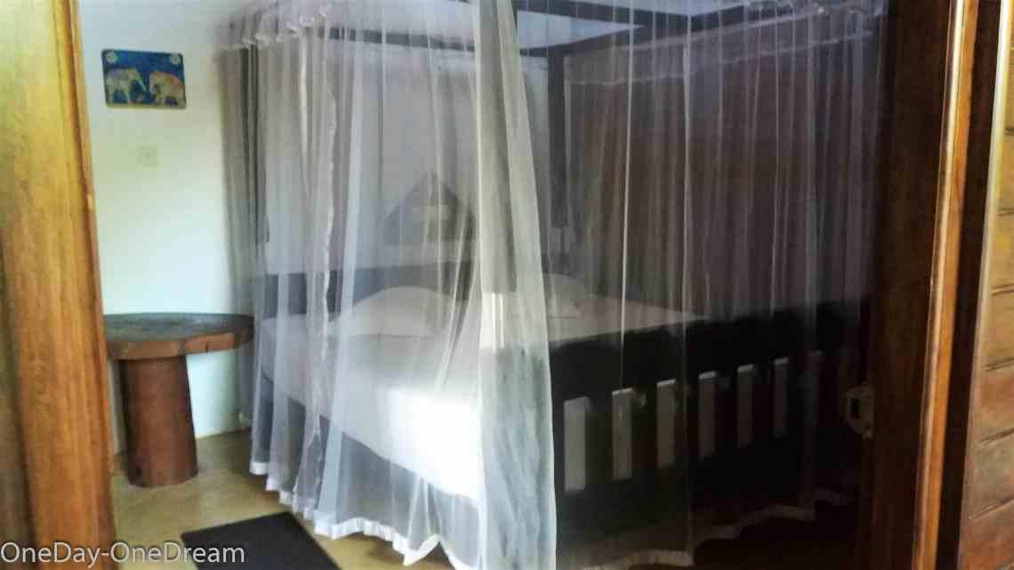 shivas-beach-cabanas-room