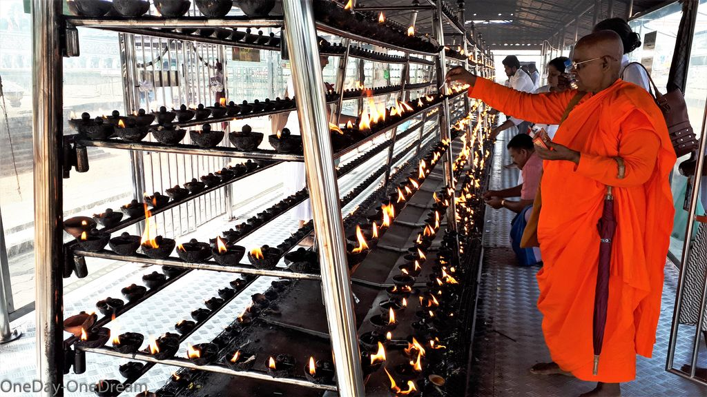 anuradhapura-lights