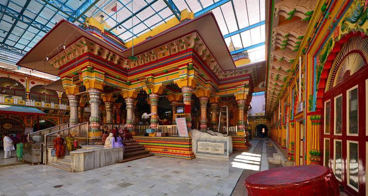 One Day Agra, Mathura and Vrindavan Local Sightseeing Trip by Car Banke Bihari Temple