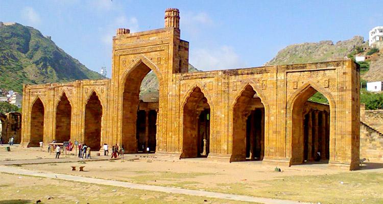 One Day Ajmer & Pushkar Local Sightseeing Trip by Car Adhai din ka Jhopra