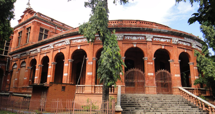 One Day Chennai Local Sightseeing Trip by Car Government Museum