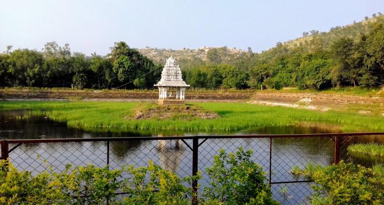 One Day Chennai to Kalhasti Trip by Car Bharadwaja Theertham