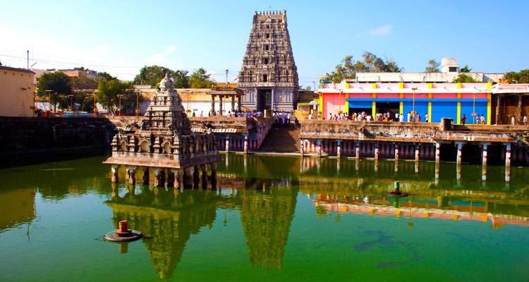 One Day Chennai to Kanchipuram Trip by Car Kamatchi Amman Temple