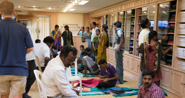 One Day Chennai to Kanchipuram Trip by Car Silk Sari Shopping @ Kanchipuram