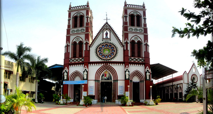 One Day Chennai to Pondicherry Trip by Car Church of Sacred Heart of Jesus