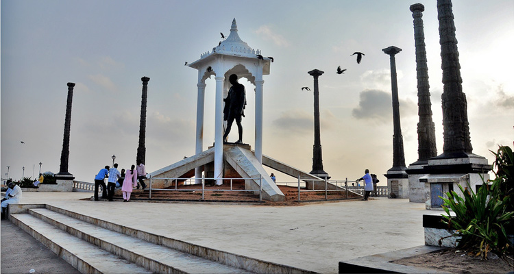 One Day Chennai to Pondicherry Trip by Car Gandhi Statue