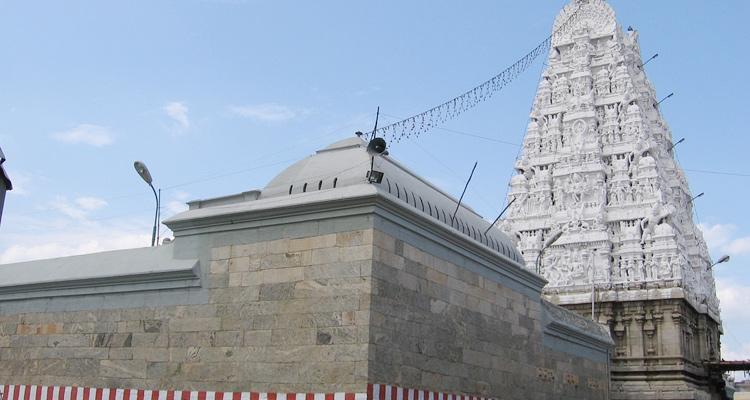 One Day Chennai to Tirupati Balaji Trip by Car Padmavati Temple