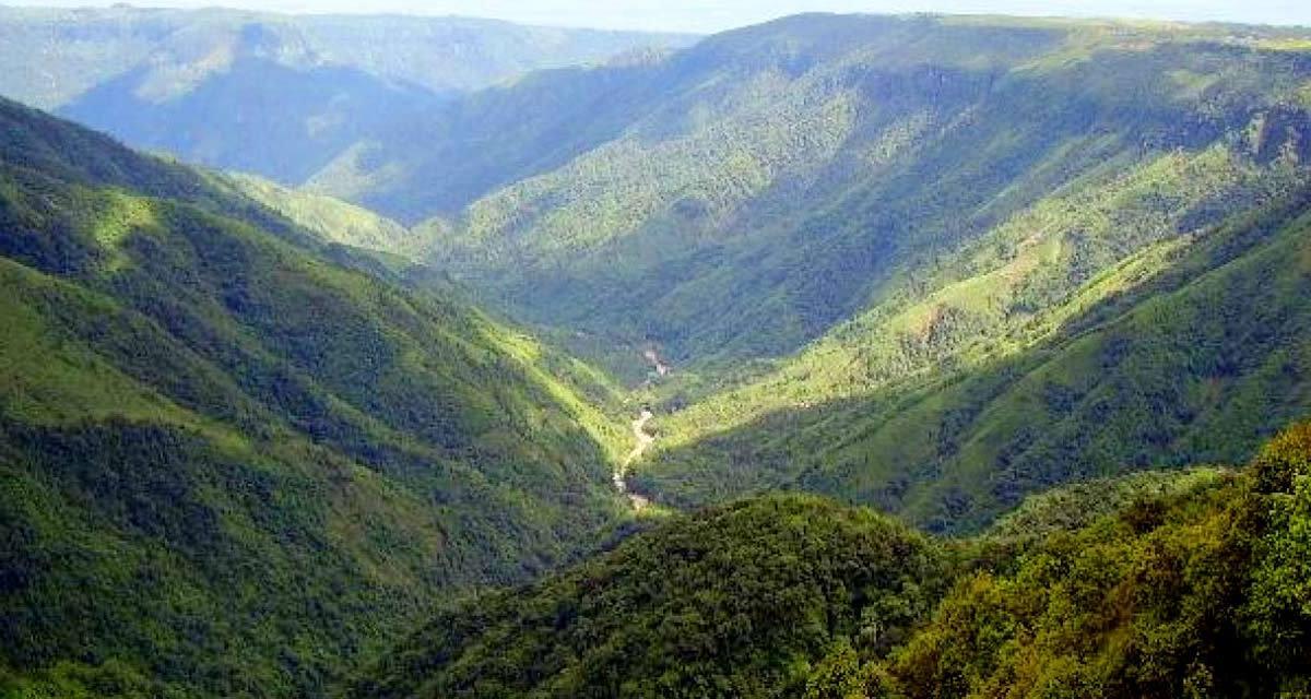 One Day Cherrapunji Local Sightseeing Trip by Car Header