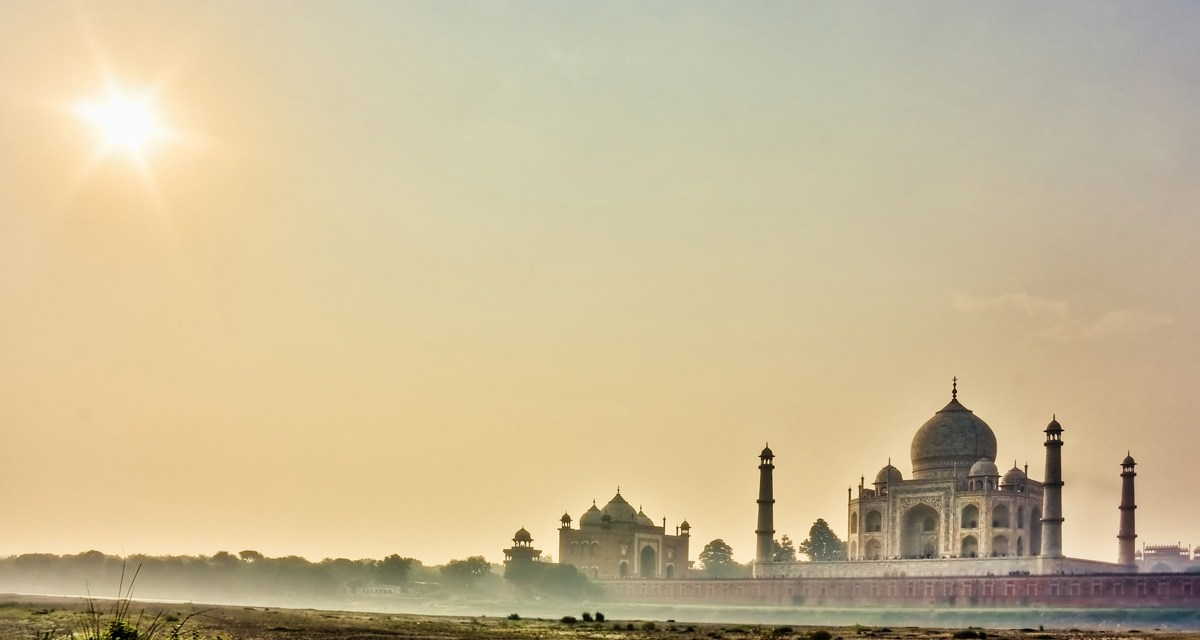 One Day Delhi to Taj Mahal Sunrise Trip by Car Header
