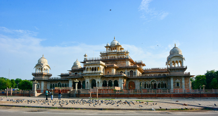 One Day Jaipur Local Sightseeing Trip by Car Albert Hall Museum