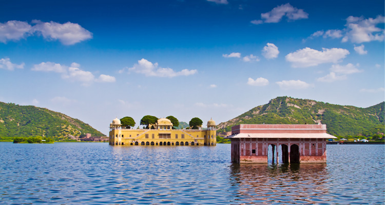 One Day Jaipur Local Sightseeing Trip by Car Jal Mahal