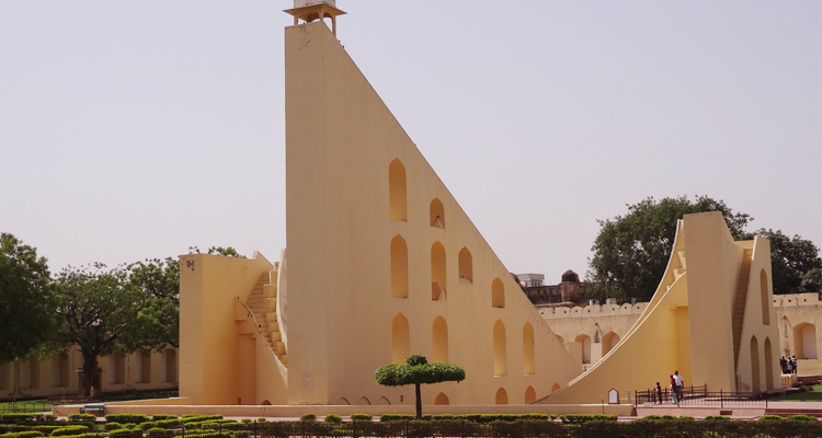 One Day Jaipur Local Sightseeing Trip by Car Jantar Mantar