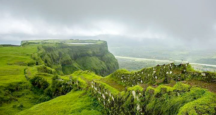 One Day Lonavala Local Sightseeing Trip by Car with Koraigad