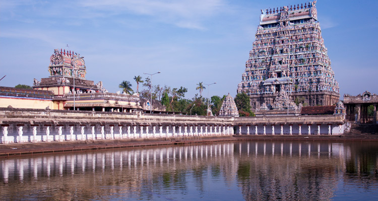 One Day Madurai Local Sightseeing Trip by Car Imayil Nanmai Tharuvar Temple