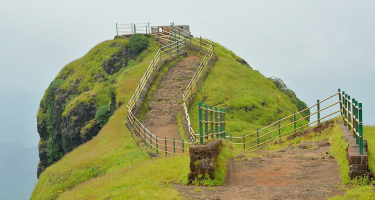 One Day Mahabaleshwar Local Sightseeing Trip by Car Lodwick Point