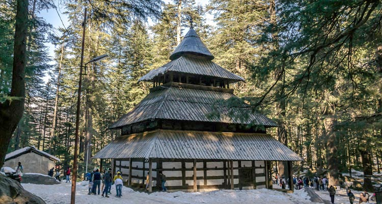 One Day Manali Local Sightseeing Trip by Car Hadimba Temple