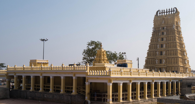 One Day Mysore Local Sightseeing Trip by Car Chamundeshwari Temple