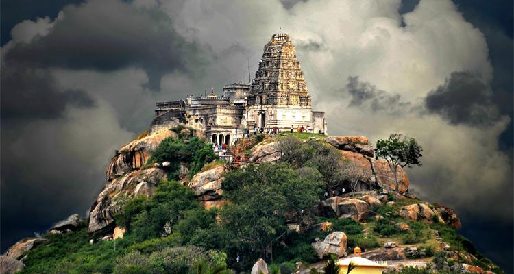 Melukote One Day Mysore to Belur and Halebidu Trip by Car Cheluvarayaswamy Temple
