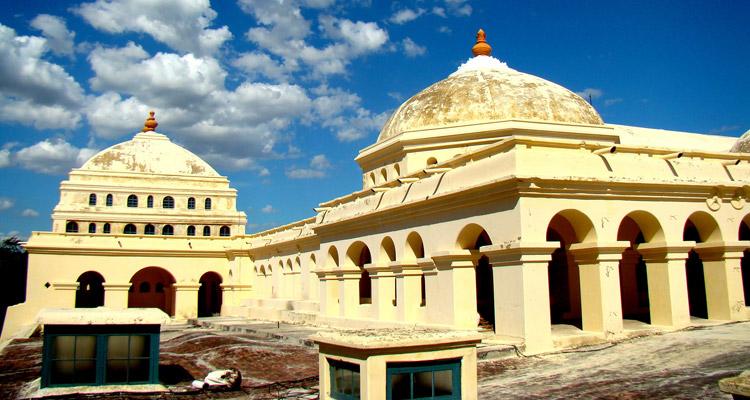 1 Day Coimbatore to Madurai and Palani Tour by Cab Thirumalai Nayak Palace