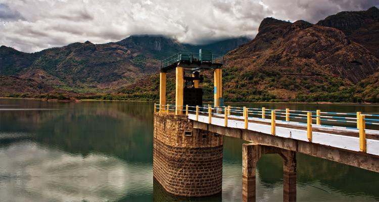 1 Day Coimbatore to Pollachi and Valparai Tour by Cab Aliyar Dam