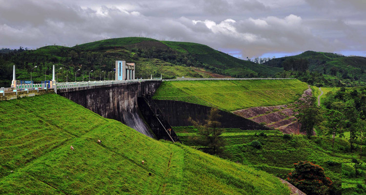 1 Day Coimbatore to Pollachi and Valparai Tour by Cab Sholayar Dam