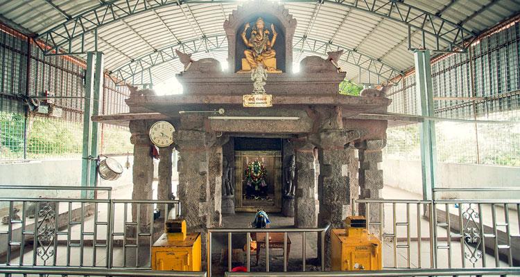 1 Day Hyderabad to Srisailam Mallikarjuna Tour by Cab Sakshi Ganapati Temple