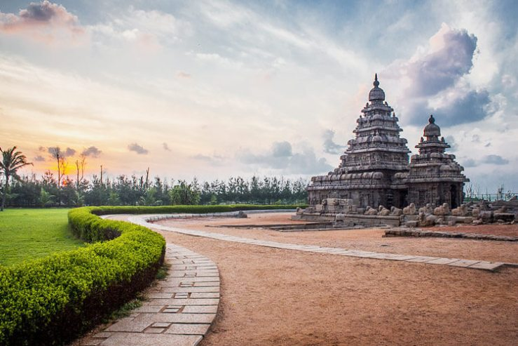 Mahabalipuram Seashore Temple with 1 Day Chennai to Mahabalipuram & Kanchipuram Trip by Car