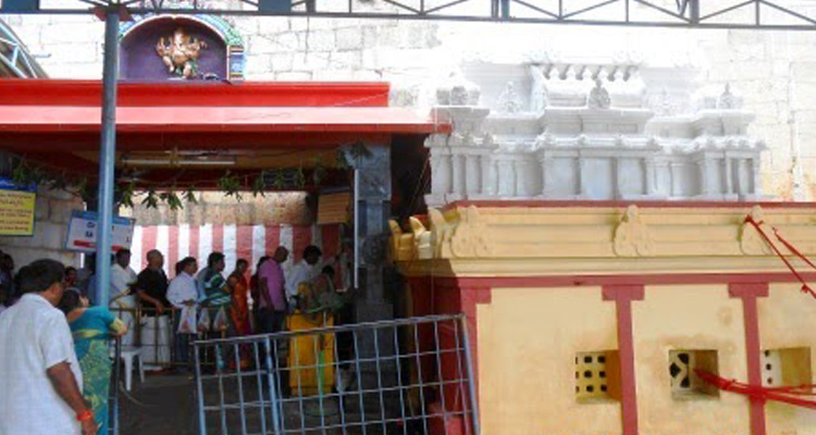 1 Day Chennai to Sri Kalahasti Tour by Cab Pathala Vinayaka Temple
