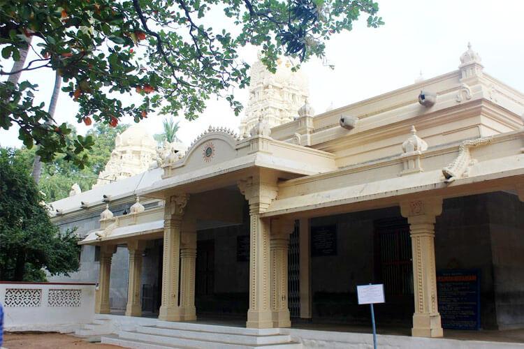Ramana Ashramwith 1 Day Chennai to Vellore & Tiruvannamalai Trip by Car