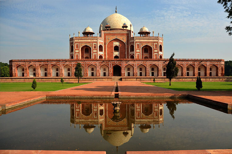 Humayun's Tomb with 1 Day Delhi Local Sightseeing Trip by Cab